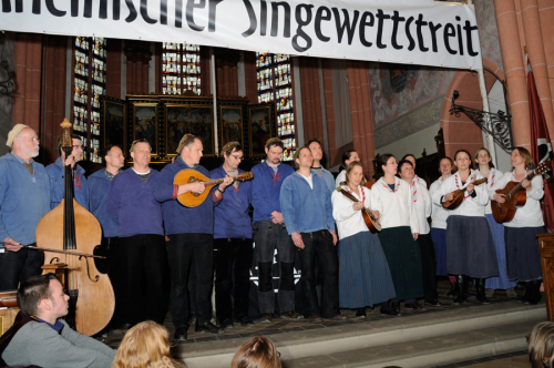 Singekreis Ubier (DPB) und Kölscher Klüngel (Zugvogel) beim Rheinischen Singewettstreit 2012, Foto: Andreas Winkelmann