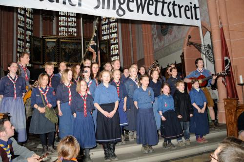 Jungen- und Mädelschaft Schwarzer Adler (DPB) beim Rheinischen Singewettstreit 2012, Foto: Andreas Winkelmann