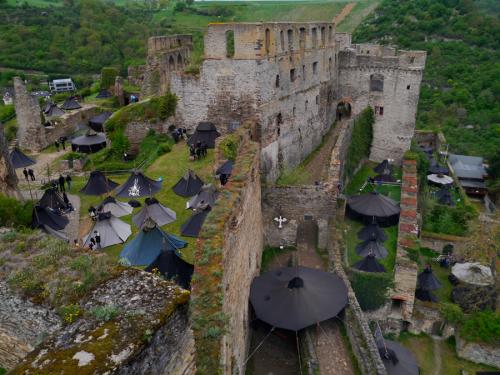 Rheinischer Singewettstreit 2019, Lager auf Burg Rheinfels, (c) Karin Stoverock